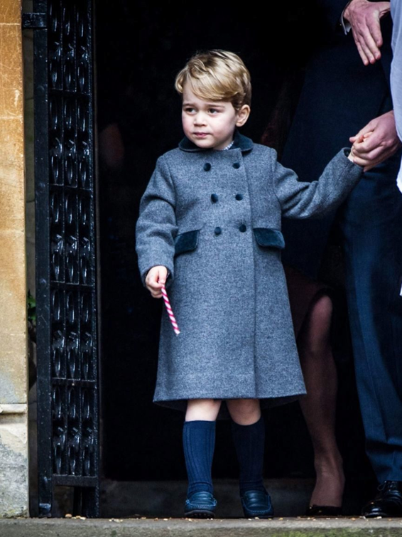 Prince George of Cambridge achieved it once again: his Spanish coat was sold out in a few minutes time